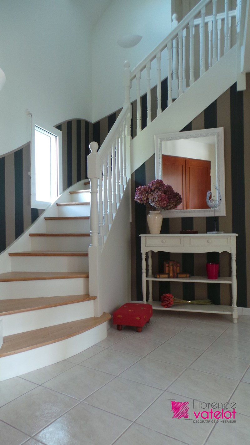 Decoration de cage d escalier home design architecture for Decoration de cage d escalier