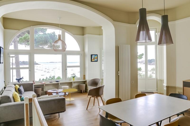 decoration-dune-piece-a-vivre-dans-maison-dinardaise