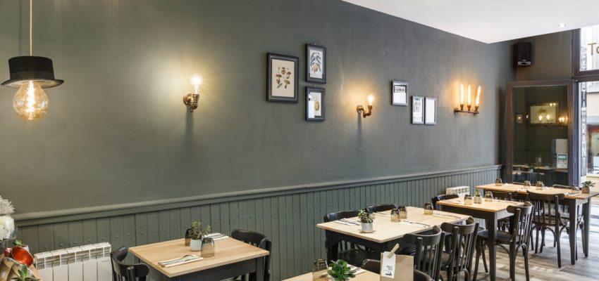 Accompagnement et conseils en décoration d'un restaurant à Saint Malo 35 par Florence Vatelot, Décoratrice UFDI à Dinan, Dinard et Cancale (22-35)