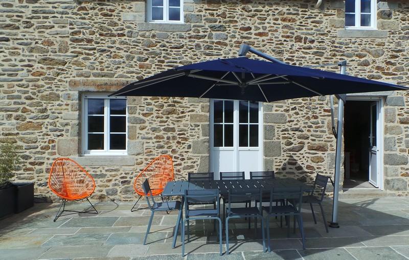 Agencement d'une terrasse par Florence Vatelot, Décoratrice UFDI à St Malo, Dinan, Dinard et Cancale (22 et 35)