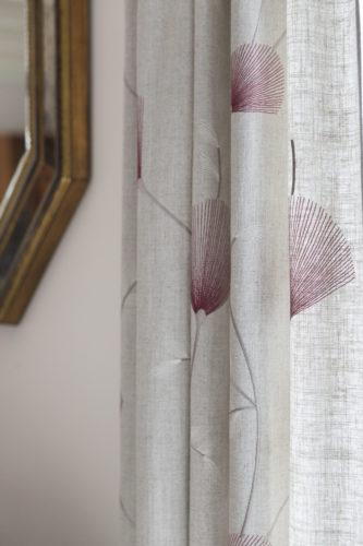 Doubles rideaux en lin par Florence Vatelot, Décoratrice UFDI à St Malo, Dinan, Dinard et Cancale (22 et 35)
