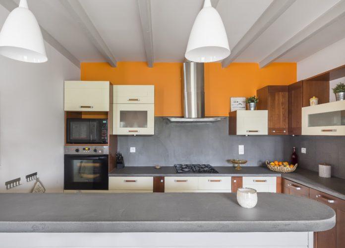 Transformation et décoration d'une cuisine après par Florence Vatelot, Décoratrice UFDI à St Malo, Dinan, Dinard et Cancale (22 et 35)