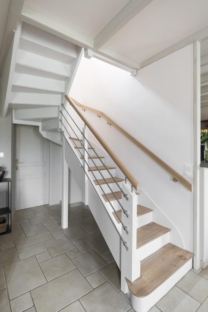 Rajeunir un escalier en bois par Florence Vatelot, Décoratrice UFDI à St Malo, Dinan, Dinard et Cancale (22 et 35)